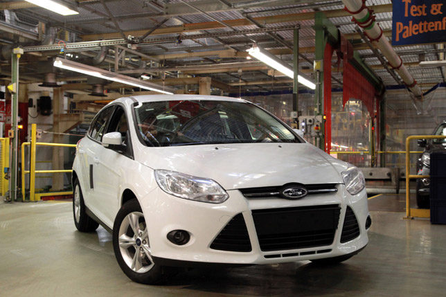 Production of Ford Focus 1.0-liter EcoBoost Engine