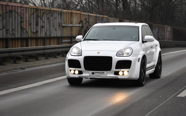 Prior Design Porsche Cayenne widebody kit (2012)