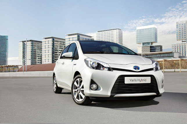 Toyota Yaris HSD (2012)
