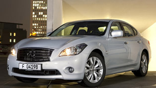 2012 Infiniti M35h - CO2 below 160g/km