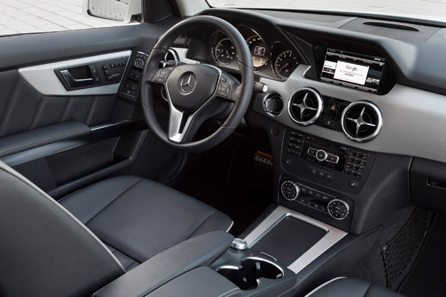 2012 Mercedes-Benz GLK Interior