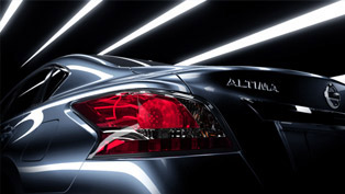 2013 Nissan Altima Teaser: take another look [VIDEO]