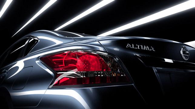 2013 Nissan Altima (rear)