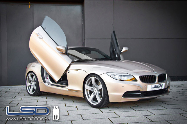 BMW Z4 with LSD Doors