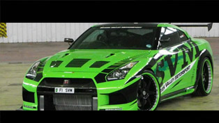 Nissan GT-R - The Hulk hits 350 km/h [HD video]
