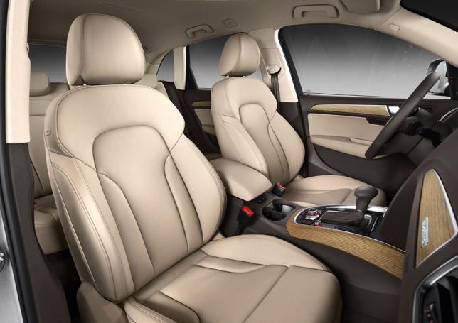 2013 Audi Q5 SUV Interior