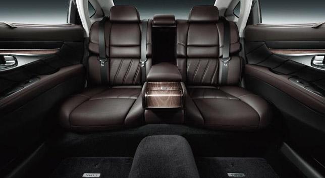 2013 Nissan Cima Interior