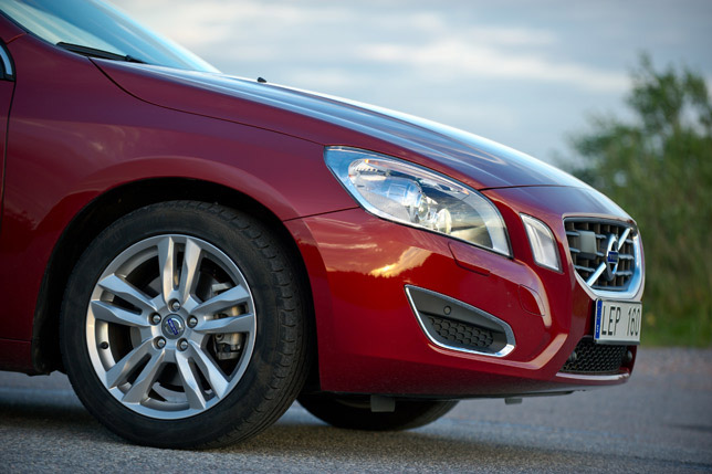 Volvo V60 MY 2012 is to recieve a facelift