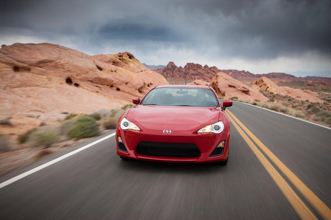 2013 Scion FR-S US