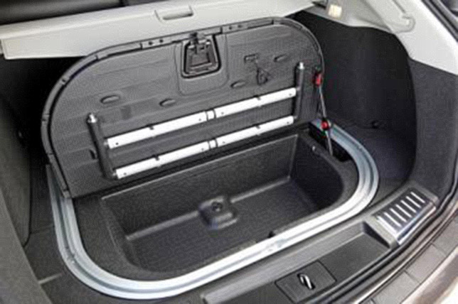 2013 Cadillac SRX's new trunk