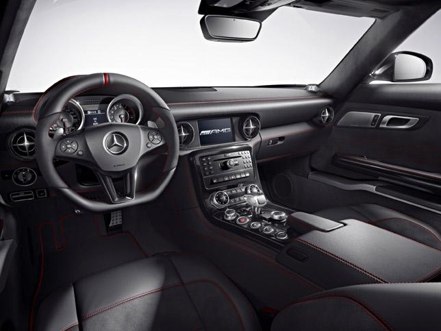 2013 Mercedes-Benz SLS AMG GT Interior