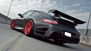 HRE P40SC Porsche 997 Turbo adds more contrast to the road