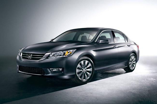 2013-Honda-Accord-medium-1