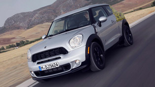 MINI Paceman previewed on Facebook