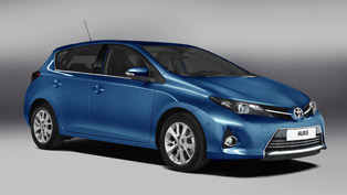 2013 Toyota Auris Hybrid to debut in Paris