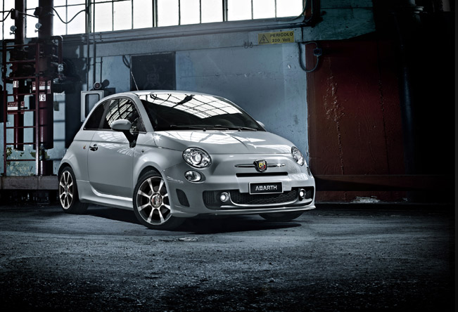Fiat-500-Abarth-medium-1