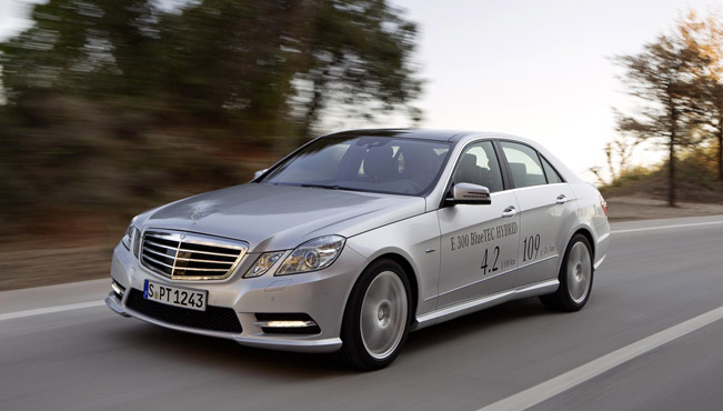 Mercedes benz e 300 bluetec hybrid pricing announced for Mercedes benz 300 price