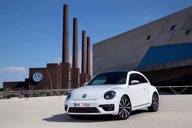 2013-Volkswagen-Beetle-R-Line-651