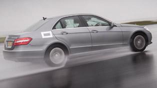 Mercedes-Benz E 300 BlueTEC Hybrid - 4.2 l/100 km and 109 g/km of CO2