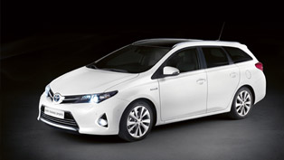 Toyota Auris Touring Sports Revealed in Paris