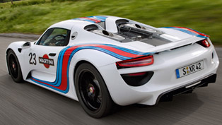 Porsche 918 Spyder: Nurburgring Test [video]