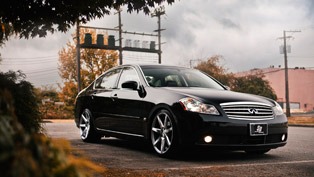 SR Auto Infiniti M35 Fitted With Vossen CV7