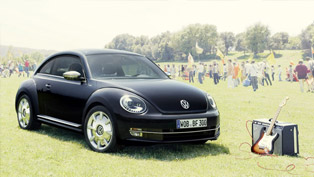 2013 volkswagen beetle fender edition marries musical and automotive world