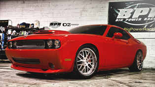 D2Forged Dodge Challenger SRT8 Generates 880 Horsepower