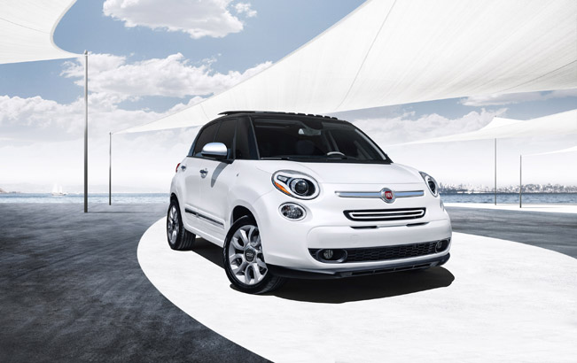 world premiere of the 2014 fiat 500l trekking. Black Bedroom Furniture Sets. Home Design Ideas