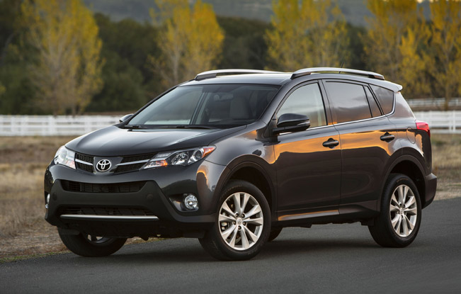 2013 toyota rav4 suv offers improved dynamics and safety. Black Bedroom Furniture Sets. Home Design Ideas
