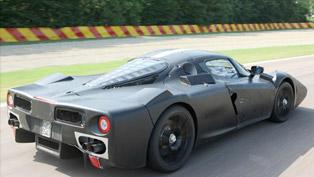 Ferrari F150 at the Race Track [video]