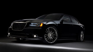 unboxing of 2013 chrysler 300c john varvatos limited edition [video]