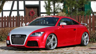 FolienCenter-NRW Audi TT RS In Chrome Red Delivers 501 HP
