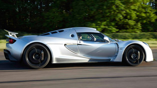 Hennessey Venom GT - 427.6 km/h [video]