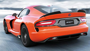 2014 Dodge SRT Viper - 11.1 seconds at 1/4 mile [video]