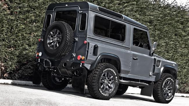 Kahn Land Rover Defender Chelsea Wide Track Military Grey