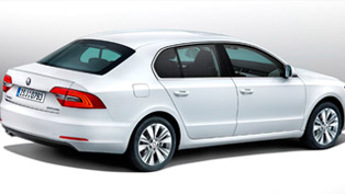 2013 Skoda Superb Facelift - UK Price £18,555