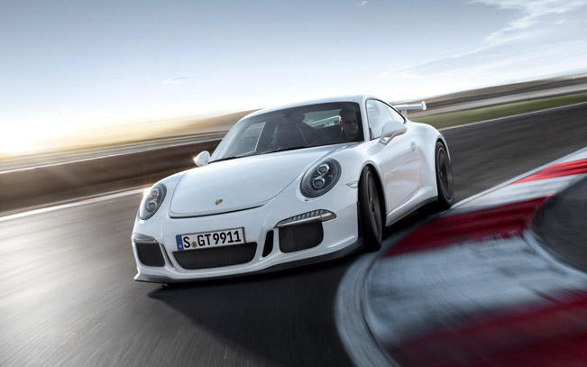 2014 Porsche 911 GT3 - 475HP and 438Nm video
