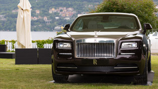 rolls-royce wraith makes italian debut by lake como