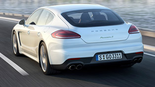 Porsche Panamera S E-Hybrid with Michelin Pilot Super Sport