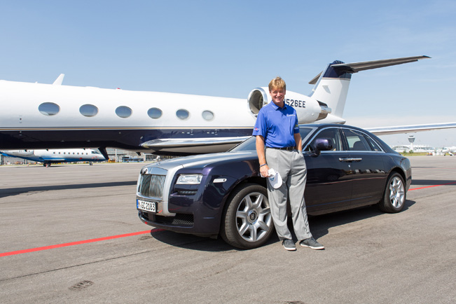 photo of Ernie Els Bently Continental - car