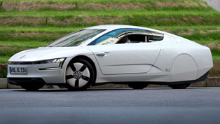 Volkswagen XL1 in London - 0.9 l per 100 km