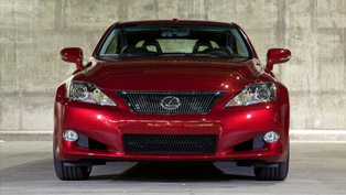 2014 Lexus IS C Brings Together Two Worlds