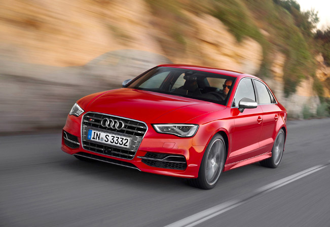 2014-Audi-S3-Saloon-medium