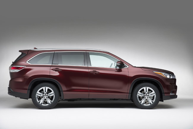 Toyota Highlander Review Car And Driver