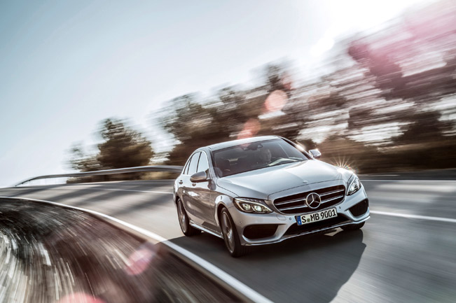 2015-Mercedes-Benz-C-Class-medium