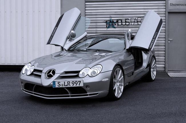 Famous-Parts-Mercedes-Benz-SLR-McLaren-Roadster-medium