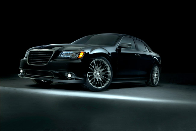 Chrysler 300C John Varvatos Limited Edition Returns For 2014