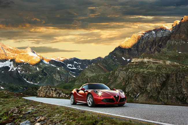 Alfa-Romeo-4C-medium