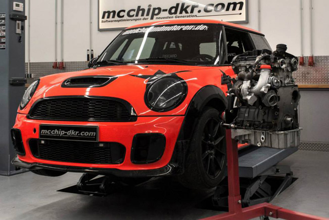 Mcchip-DKR Mini John Cooper Works With A 2 0 TFSI And DSG